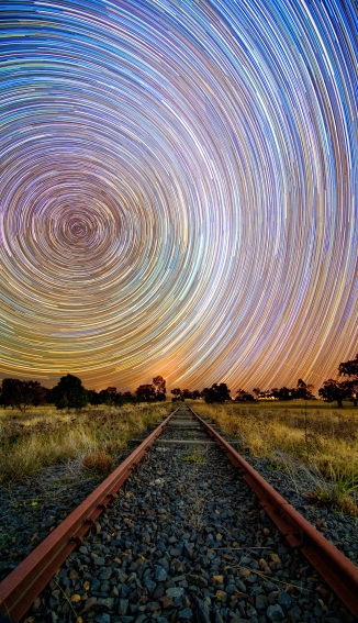 dubbo-star-trail-1.jpgimgmax2600