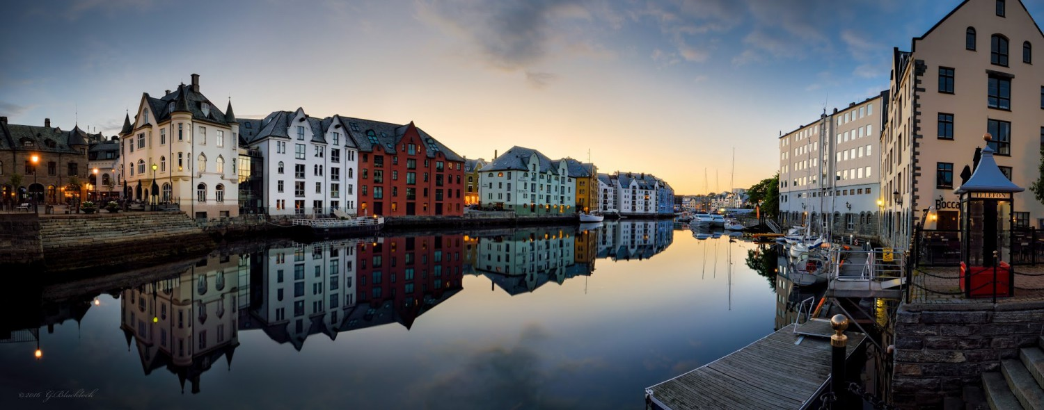 Ålesund, Midnight Hour - (c) Gerard Blacklock